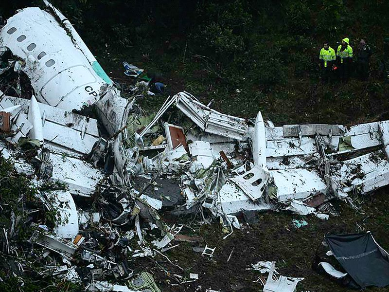 71 dead as plane carrying Chapecoense crashes in Colombia