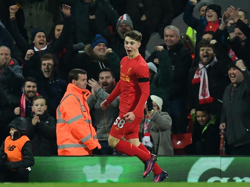 Woodburn supera Owen, è il più giovane marcatore del Liverpool
