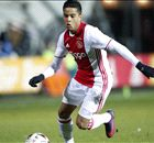 VIDEO - Kluivert jr. trefzeker voor Ajax U19