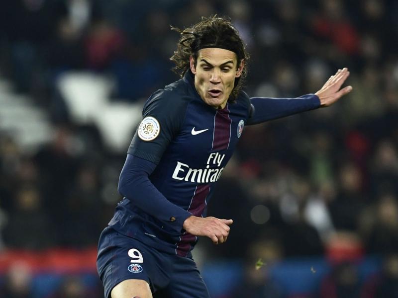 PSG-Angers 2-0: Cavani fa 100, il Nizza resta a +1