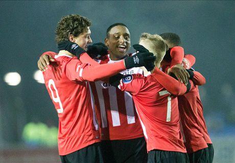 Jong PSV handhaaft zich in top Jupiler League