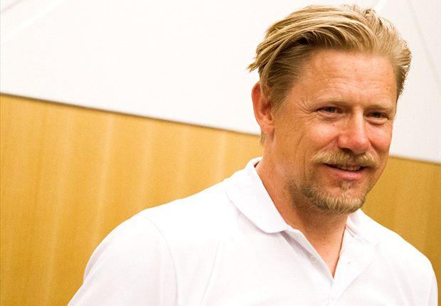 Schmeichel: No bigger name than Van Gaal