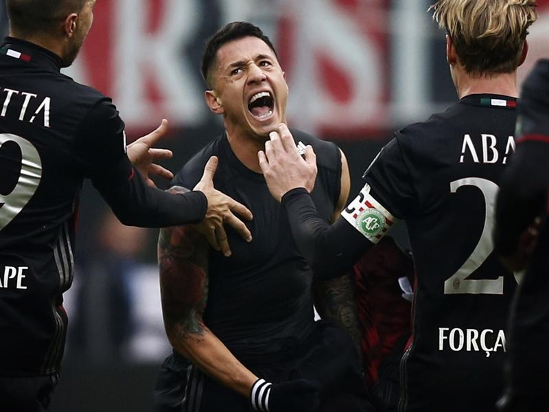 Lapadula e la 'maledizione del 9' al Milan: Io volevo il numero 10...