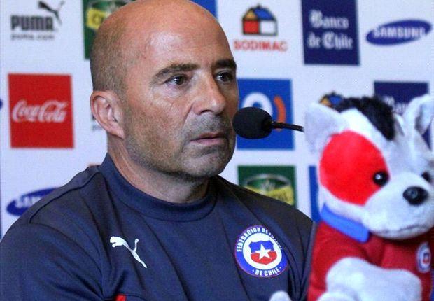 Sampaoli hints at Vidal participation against Australia