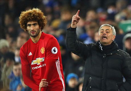 'GET OUT' - Utd fans demand Fellaini exit