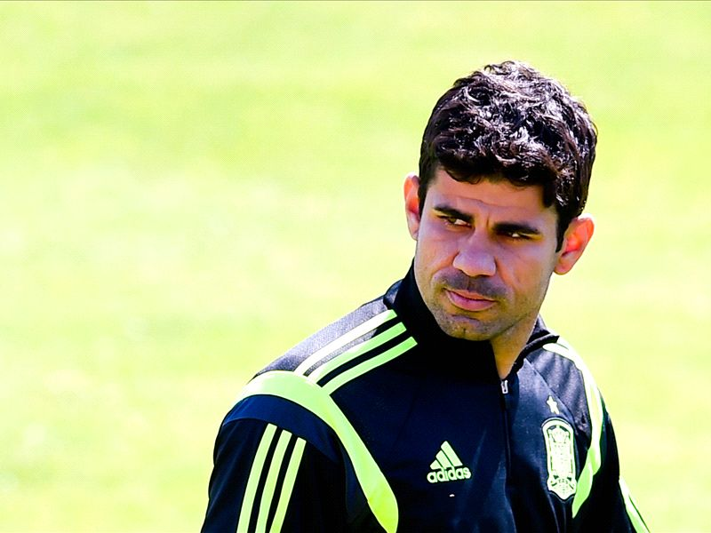 Diego Costa passes Chelsea medical