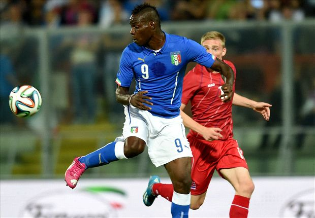 People talk too much about Balotelli - Pirlo