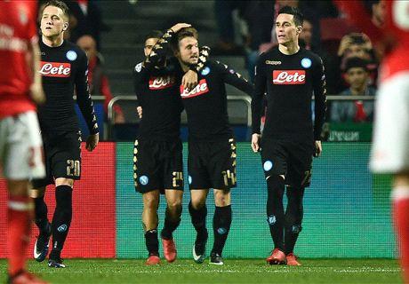 Delirio Napoli: 2-1 al Benfica e primato