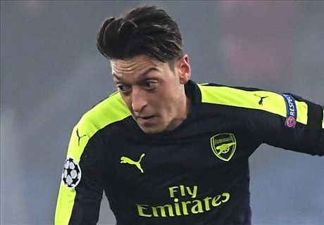 RUMORS: Arsenal open to selling Ozil