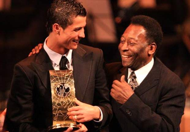 Brazil Legend Pele Supporting Barcelona