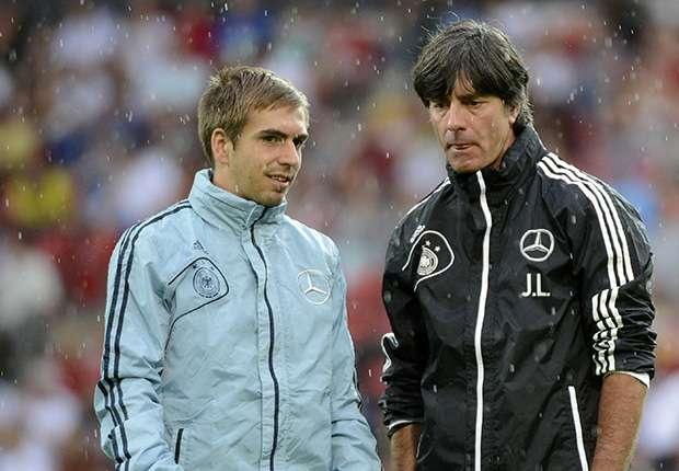 Philipp Lahm & Joachim Low, Jerman.