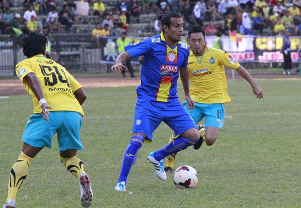 Gustavo Lopez menjalani liburan usai bermain melawan Gresik United