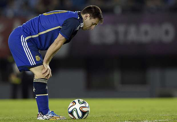 Messi won't end up in hospital - Hierro