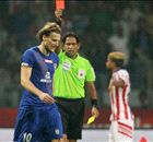 Forlan sees red, advantage ATK