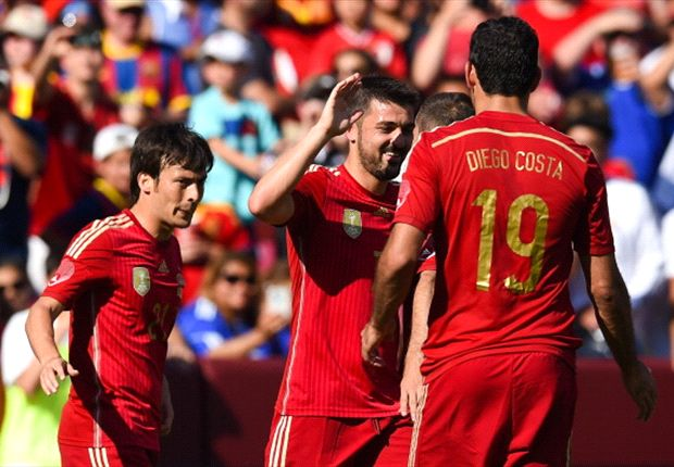 El Salvador 0-2 Spain: Villa double secures straightforward win for world champions