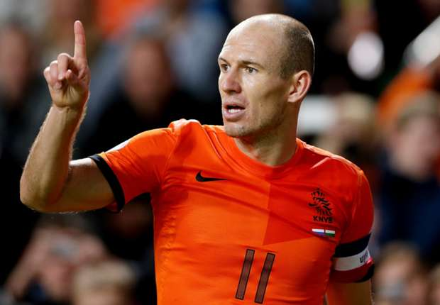 Van Persie, Robben & Sneijder are a real threat - Javi Martinez