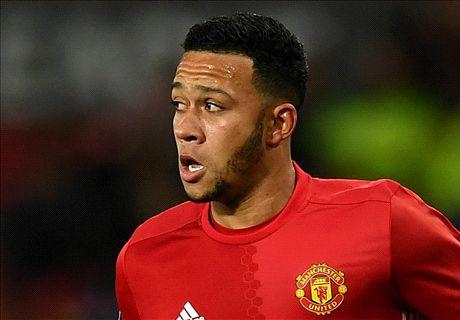 Man Utd agree £15m Memphis sale