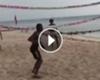 VIDEO: Cuadrado también la rompe en el voleibol de playa