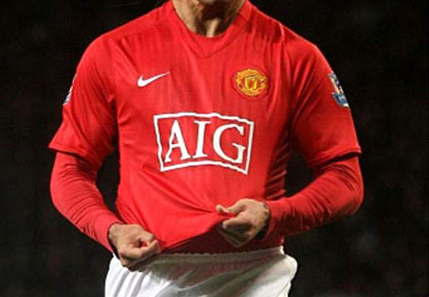 English Angle: Will Carlos Tevez Leave Manchester United?