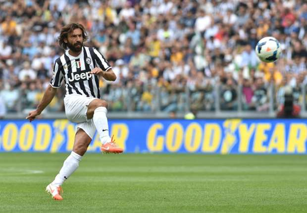 Pirlo signs new Juventus deal