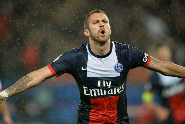 I want to replicate Paris Saint-Germain success with AC Milan - Menez