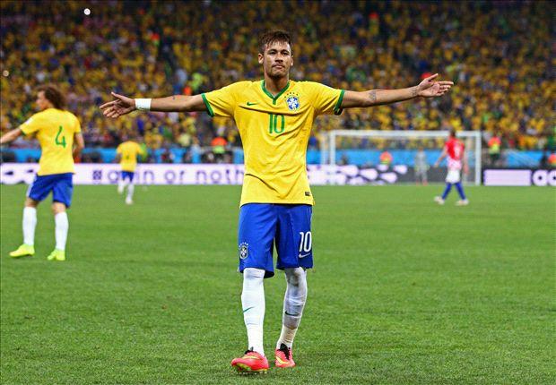 Con dos goles, Neymar alejó las críticas de la previa