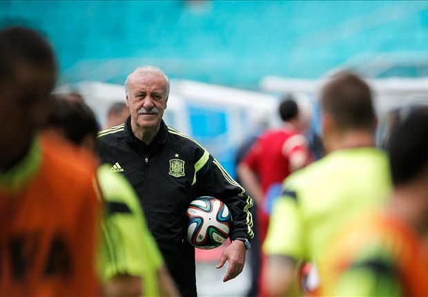 Del Bosque: Spain squad is mature, not old