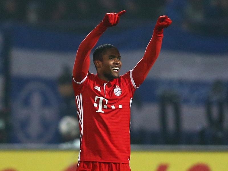 Douglas Costa forfait avec le Bayern Munich et le Brésil