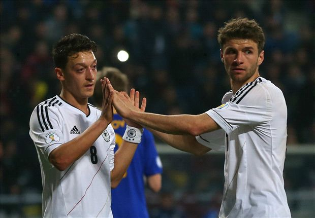 Pele: I fear Germany stars Ozil and Muller