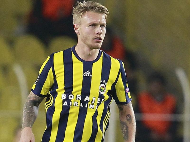 """Fenerbahçe n'a reçu """"aucune offre pour Kjaer"""" et démonte la rumeur Chelsea"""