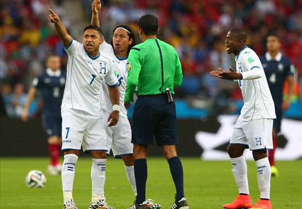 Suarez baffled by goal-line technology