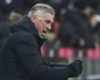 Ancelotti gives fan the finger!