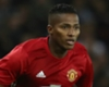 Valencia signs new Man Utd deal