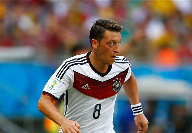 Ozil: Germany can become legends