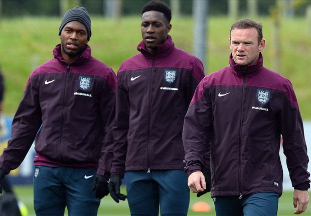 Rooney to be restored to central role against Uruguay