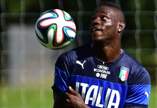 No Arsenal bid for Balotelli, says AC Milan chief