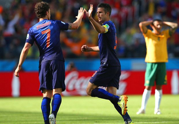 Australia 2-3 Netherlands: Van Gaal's men edge five-goal thriller