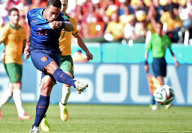Vazquez, Depay and the surprise stars of the World Cup group stages