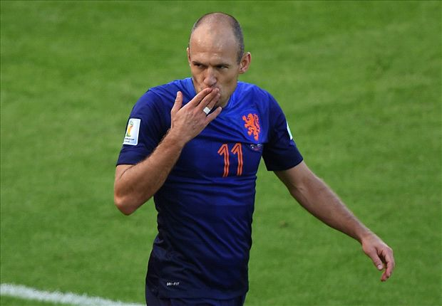 Depay: Robben's unstoppable and unbelievable