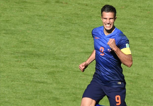 Van Persie: Netherlands were awful in first half