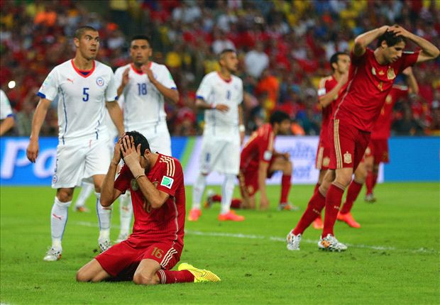 Disorganized and defeated - Spain's period of domination ends with a whimper