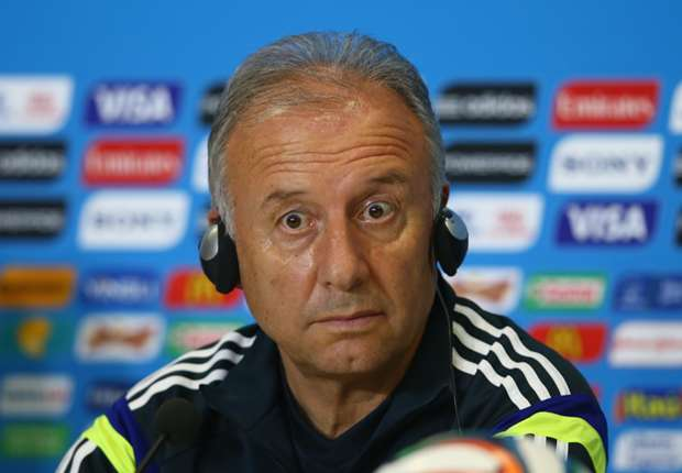 Zaccheroni laments 'mental' problems in Japan squad