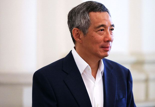 PM Lee drops in at World Cup screening