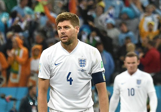 Forget Rooney, Gerrard proves weak link as Suarez puts England on brink