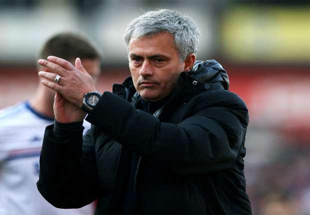 Mourinho kicks off Premier League mind games with Wenger jibe