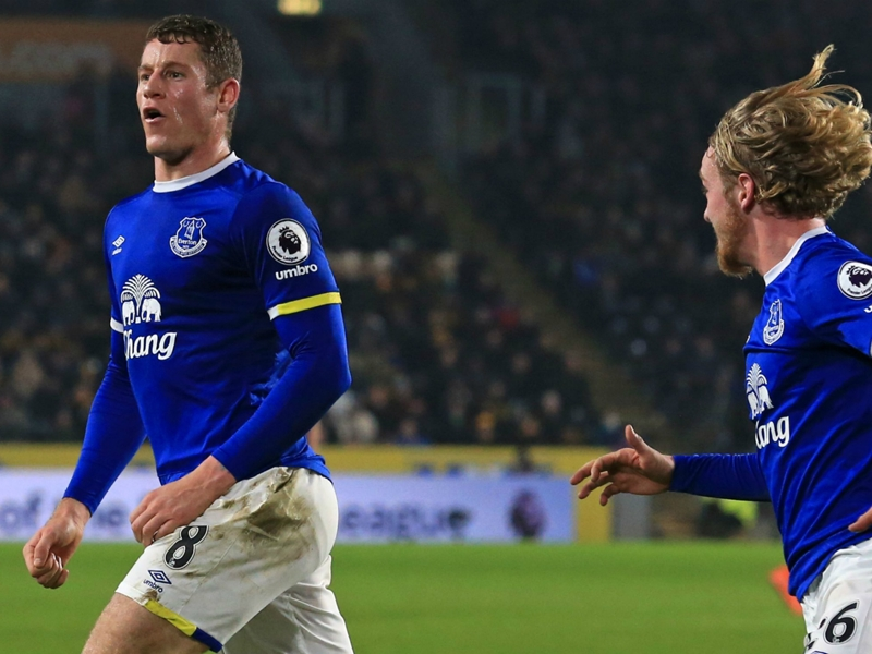 Premier League, 19ª giornata - Hull ripreso nel finale, è pari con l'Everton