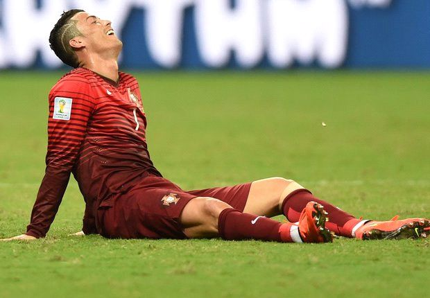 Weary Ronaldo simply delays the inevitable for woeful Portugal