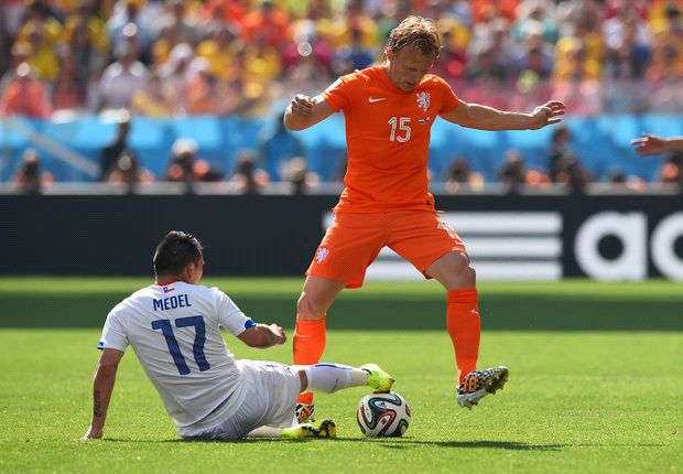 Kuyt revels in 'special' Netherlands triumph after winning 100th cap