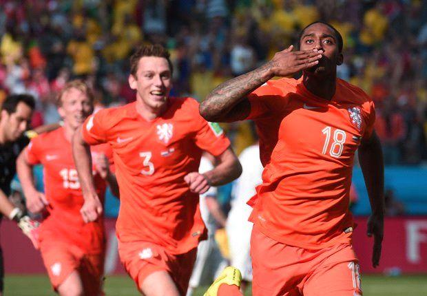 Die Niederlande ist nach dem 2:0 über Chile Gruppensieger