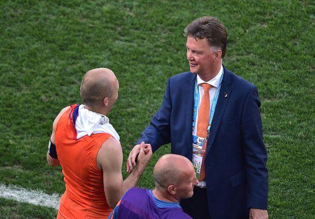 Van Gaal hails 'fantastic' Netherlands spirit